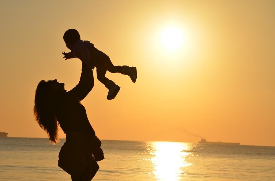 Tag der Kinderbetreuung: Bund sorgt für mehr Qualität und weniger Gebühren